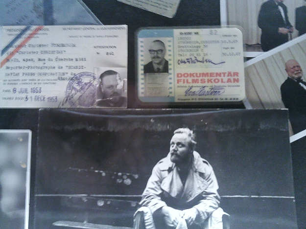 Snapshot ur en av Christer Strömholms minnesmontrar på utställningen CHR.